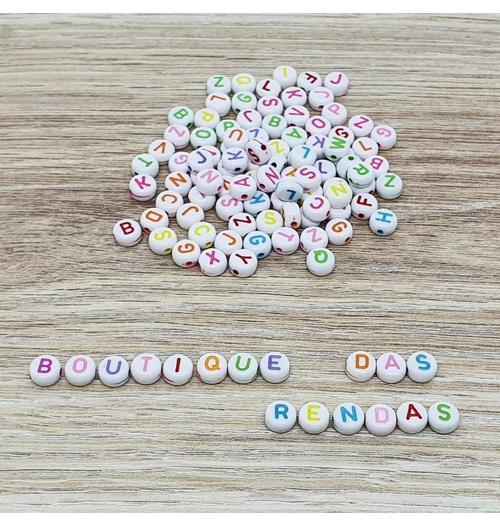 Miçanga de letrinhas coloridas (pacte com 40 gramas)
