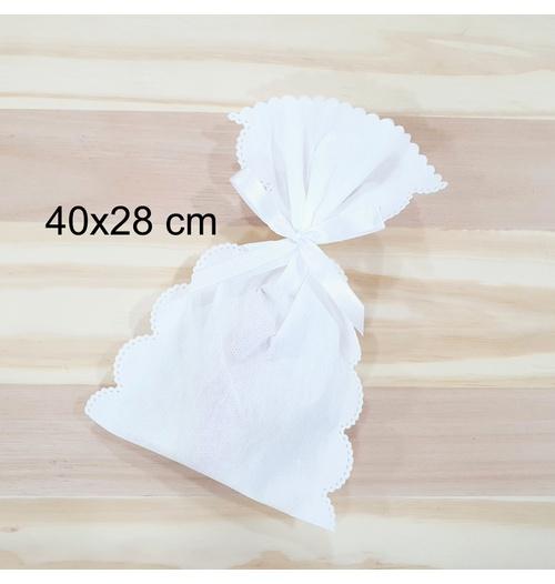 Embalagem para presente em TNT - branco (40x28cm)
