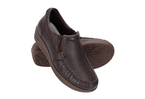 Sapato Feminino Fechado - Marrom