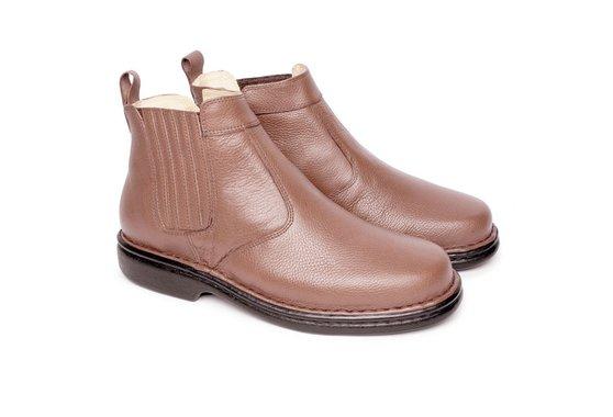 708ec9926 Bota em Couro Tamanho Grande - Marrom | Pé Relax Sapatos Confortáveis