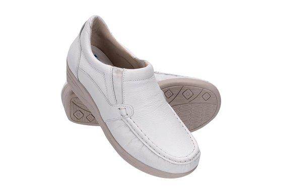 4134d268c Sapato Feminino de Couro - Branco | Pé Relax Sapatos Confortáveis