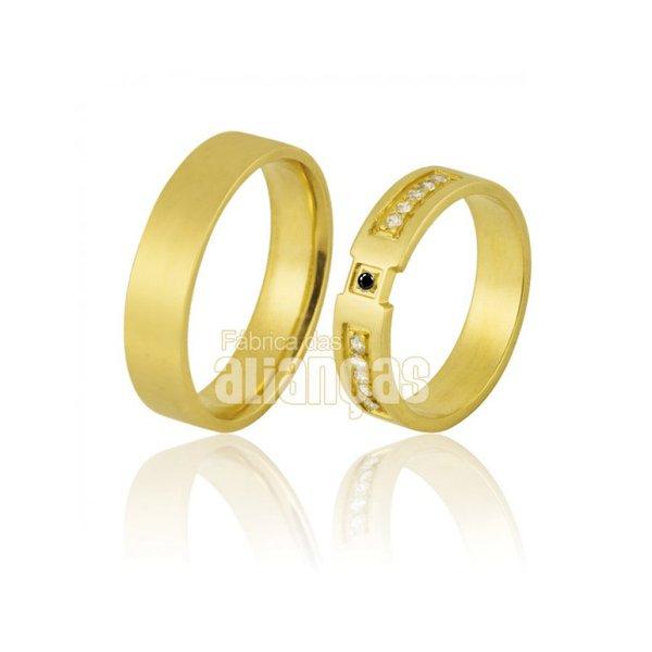 Alianças de Noivado e Casamento em Ouro Amarelo 18k 0,750 FA-855-Black