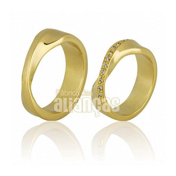 Alianças de Noivado e Casamento em Ouro Amarelo 18k 0,750 FA-397