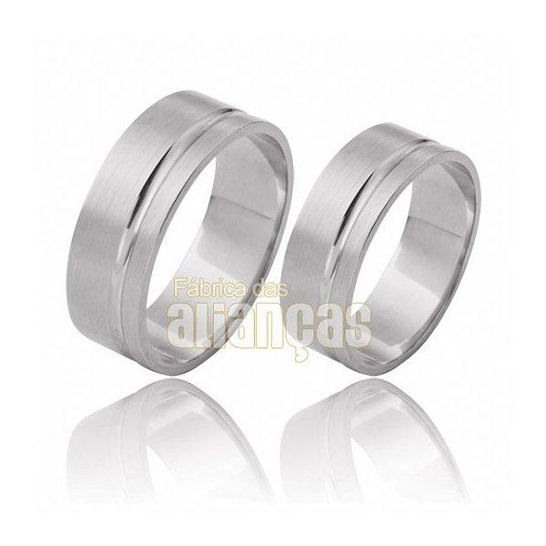 Aliança de Noivado e Casamento em Ouro Branco 18k 0,750 FA-488-B