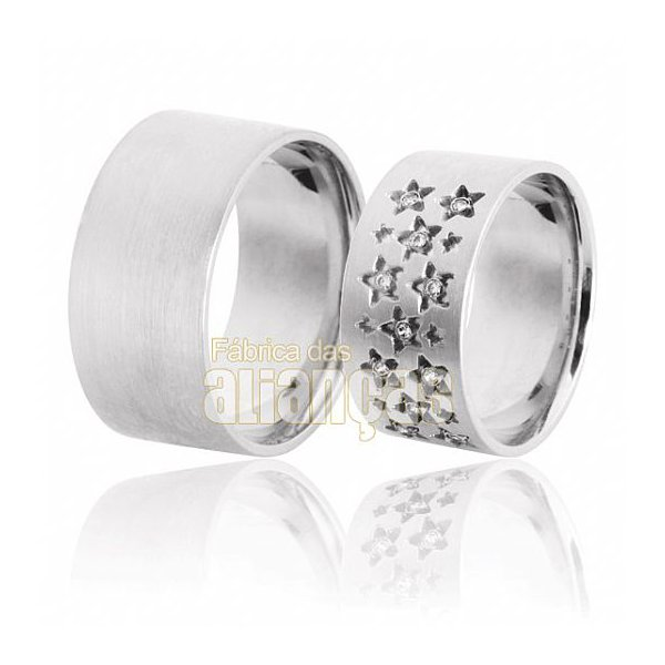 Aliança de Noivado e Casamento em Ouro Branco 18k 0,750 FA-615-B