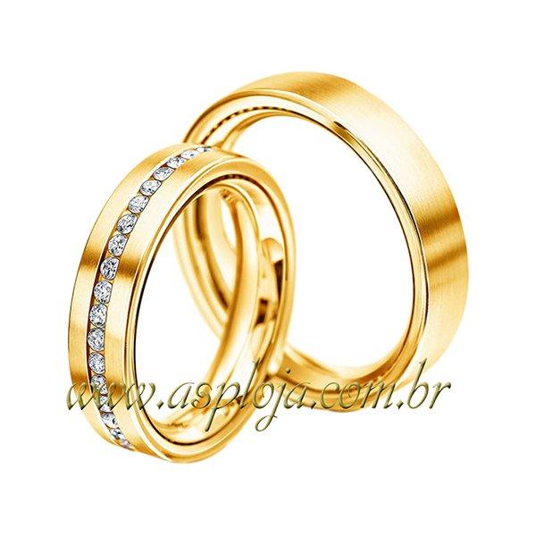 Par de Aliança de noivado ou casamento anatômica em ouro amarelo 18K cravejada com diamantes 5,00mm-ASP-AL-51