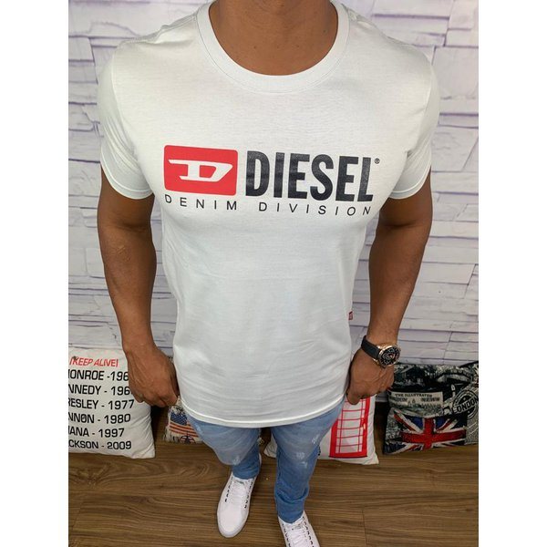 Camiseta Diesel - Branca Diferenciada
