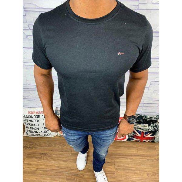 Camiseta Aramis - Preta