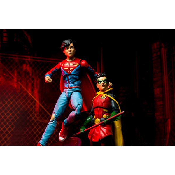 DC ICONS - SUPER SONS – SUPERBOY AND ROBIN – DC COLLECTIBLES