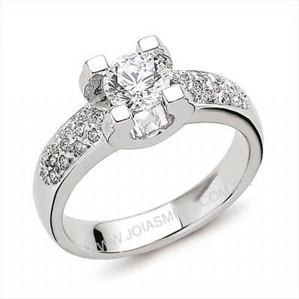 Anel Solitário de Diamantes São Gonçalo