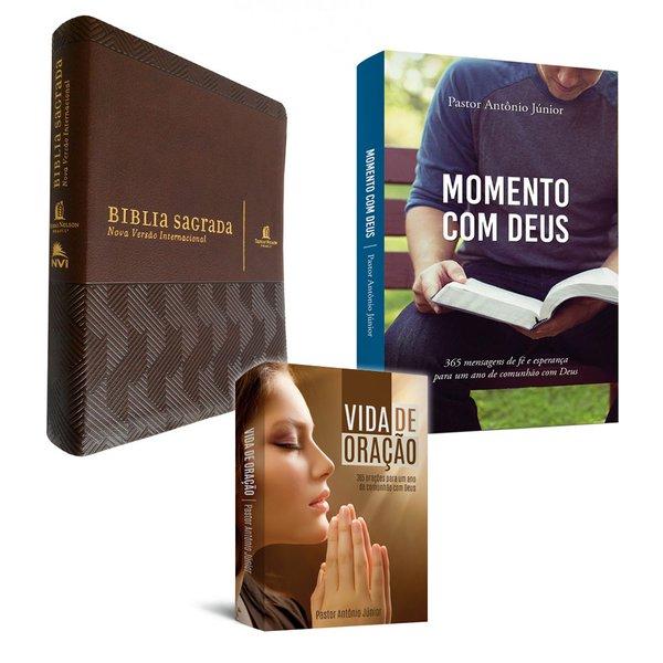 """1 Bíblia """"Sua Bíblia"""" + 1 livro Momento com Deus + 1 livro vida de oração"""
