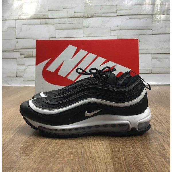Tênis Nike Air Max 97 - Preto e Branco  3a0feebbcba