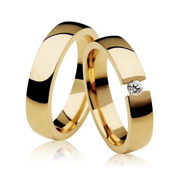 Par de Aliança Casamento e Noivado de Ouro 18K com Diamante de 0,10Cts