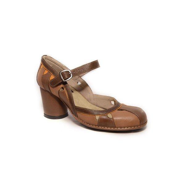 Sapato Em Couro Lolla Alto Cacau J.Gean