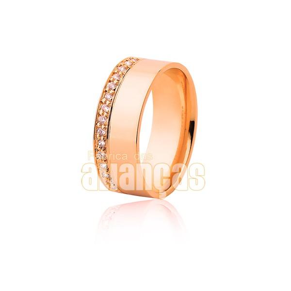 Par de alianças de ouro 18k cravadas de diamantes