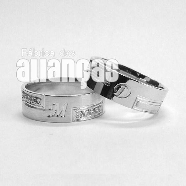Aliança em Prata 0,950 k Com Zircônias