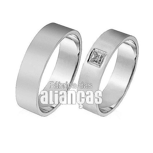 Alianças de Noivado e Casamento em Ouro Branco 18k 0,750 FA-304-B