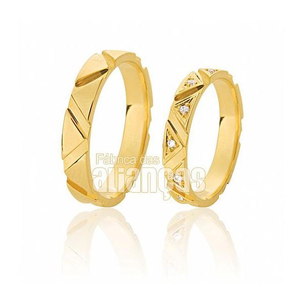 Alianças de Noivado Ouro 18k Reta com Diamantes