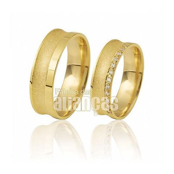 Alianças de Noivado e Casamento em Ouro Amarelo 18k 0,750 FA-411