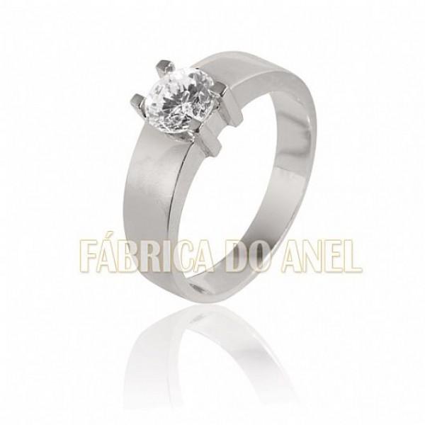 Anel Solitário Em Ouro Branco 18k Com Diamante De 1,00 Quilate