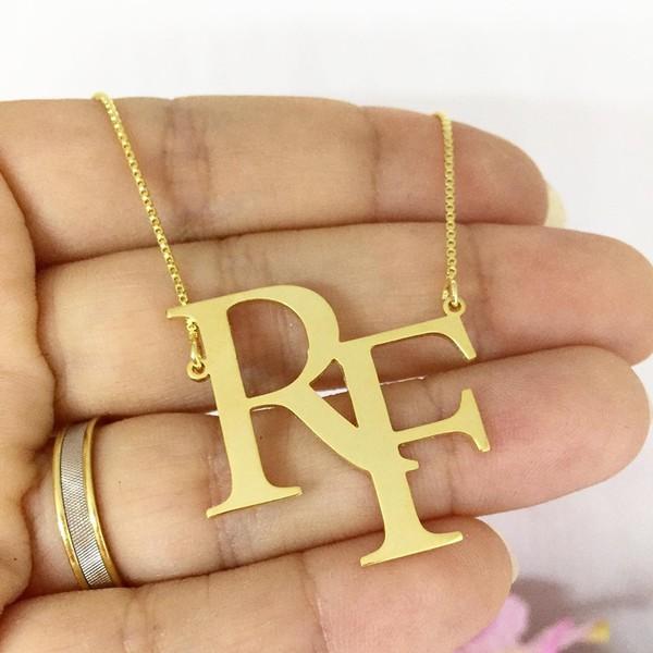Gargantilha Monograma em Banho de Ouro Com Até 3 Iniciais