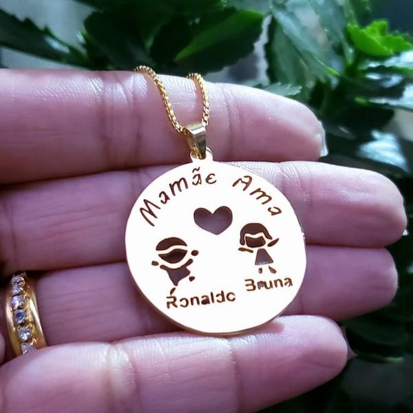 Mandala banhada a ouro com até 3 crianças e frase