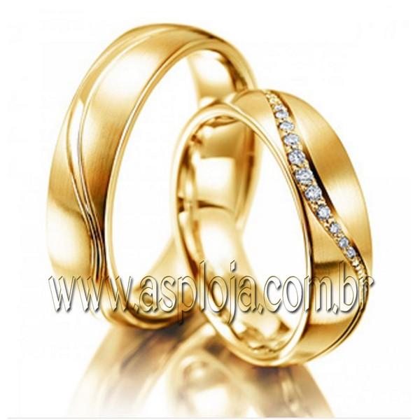 Aliança de casamento ou noivado que irradiam puro romance em ouro amarelo 18K 750 de casamento ou noivado largura 5,5m-ASP-AL-21