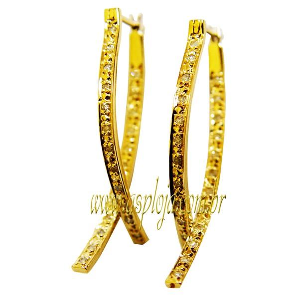 Brinco Argola formado por 2 meias curvas cravejadas com 50 diamantes de 1.0 ponto-ASP-BR04