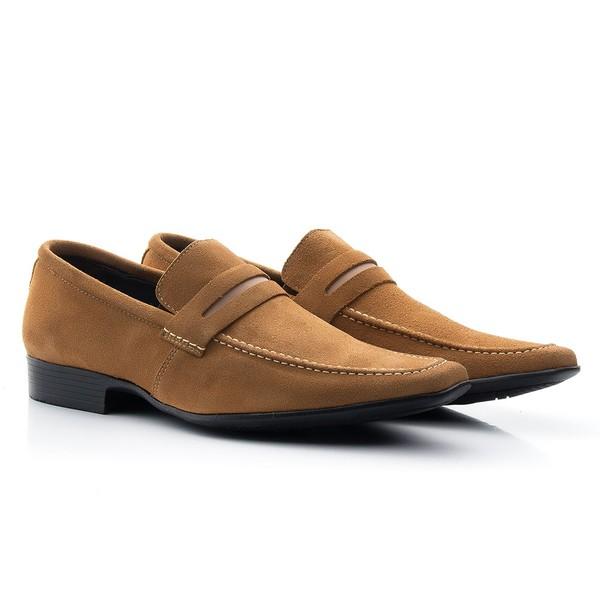 Sapato mocassim esporte fino camurça