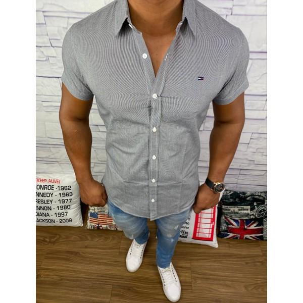 Camisa Manga Curta Tommy - Detalhada