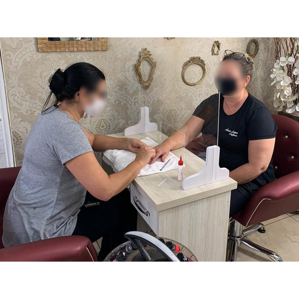 barreira-de-proteção-para-manicures