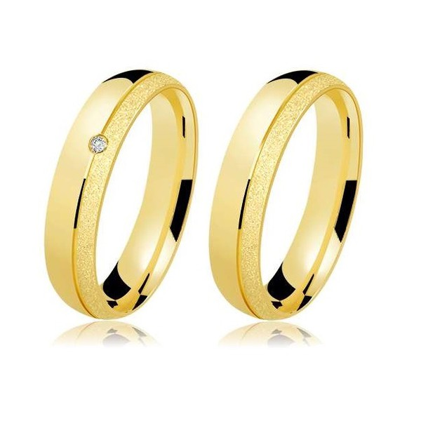 Alianças de casamento e noivado em ouro 18k 750 fosca diamantado, anatômica com um diamante 5,00 mm