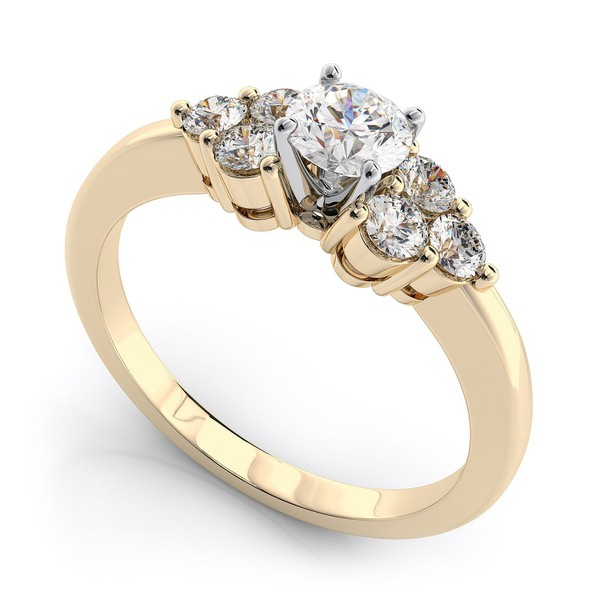 Anel Solitário de Noivado com Diamantes