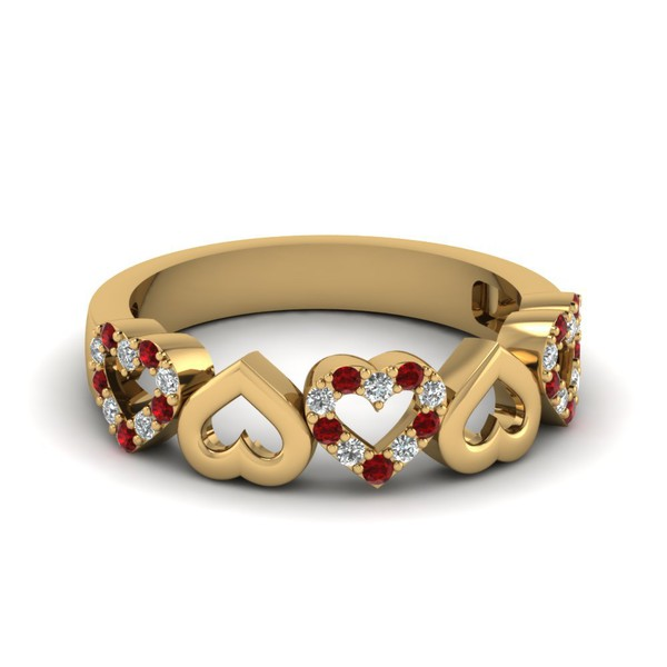 Anel Corações em Ouro Amarelo 18k com Diamantes e Rubi