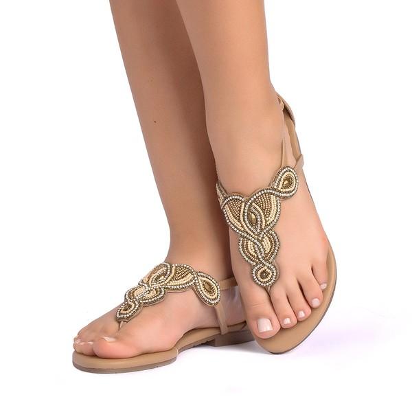 Sandália com Trazeira
