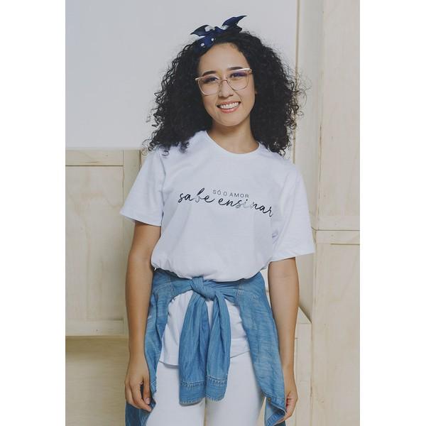 Camiseta Baby Look Cuida de MIm