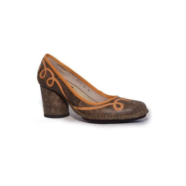 Sapato Em Couro Lolla Alto Café J.Gean