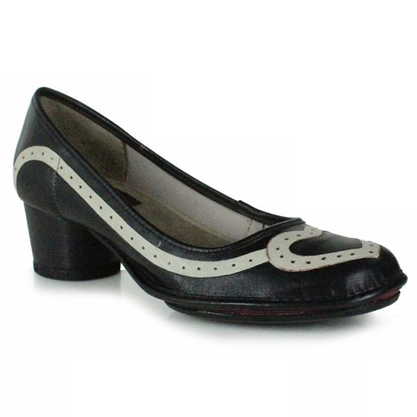 Sapato Em Couro Lolla Baixo Preto J.Gean