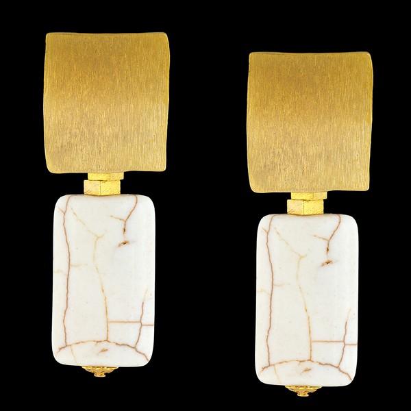 Brinco folheado à Ouro 18k com pedra natural turquesa