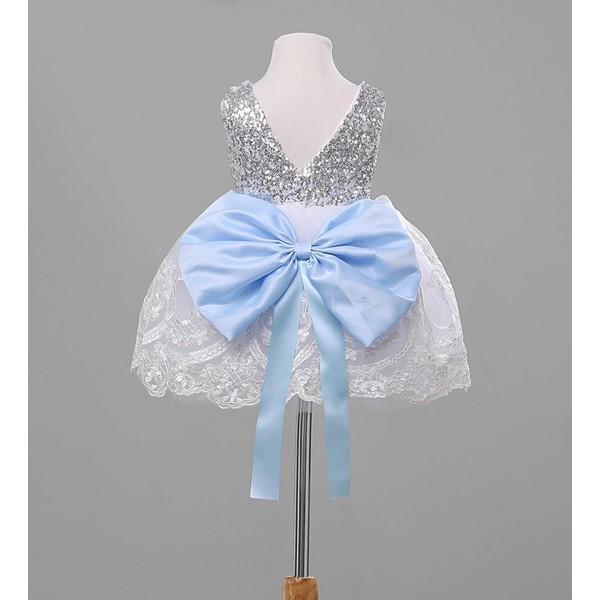 Vestido de Festa Branco com Laço azul