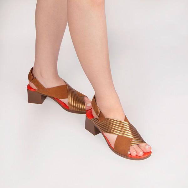 Sandália Martina Cabedal Cruzado Caramelo / Bronze Salto 5 cm