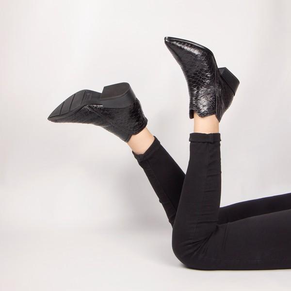 Bota Nina Cano Curto Chease Boots Preto Salto 3,5 Cm