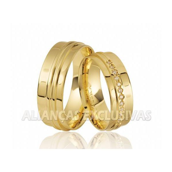 Aliança Exclusiva com Diamantes - Ouro 18k