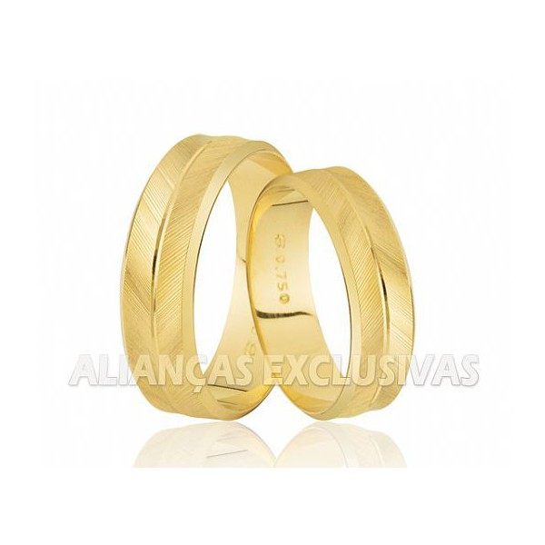 Alianças Personalizada e Diamantada em Ouro 18k