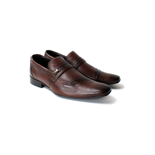 Sapato Social Tipo Italiano em Couro cor Vinho