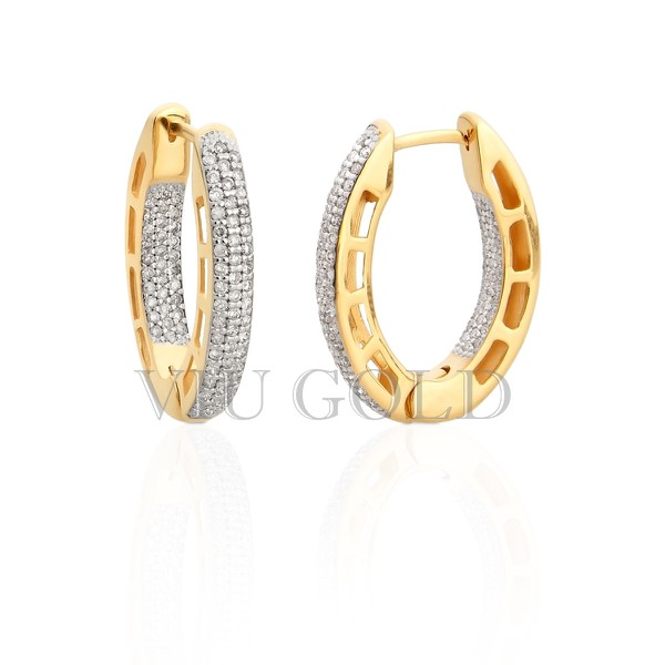 Brinco de argola oval em ouro 18k amarelo e branco com Diamantes