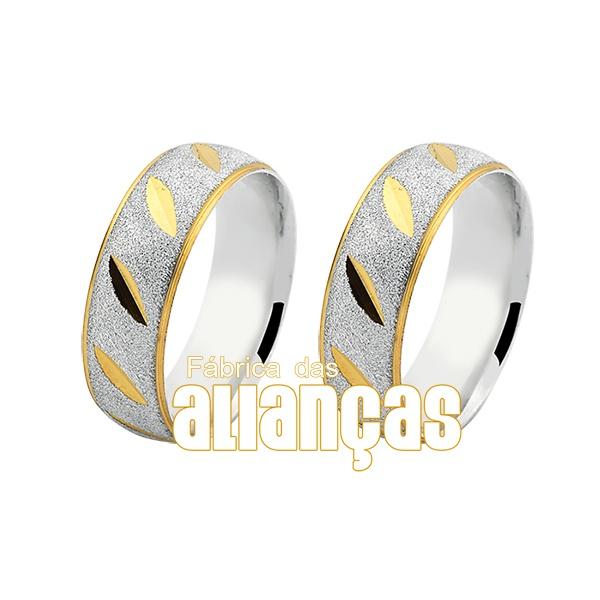Aliança em Prata com detalhes delicados em ouro