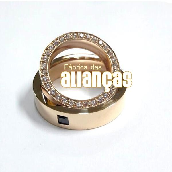 Alianças De Noivado e Casamento Em Ouro Amarelo 18k 0,750 Fa-1040