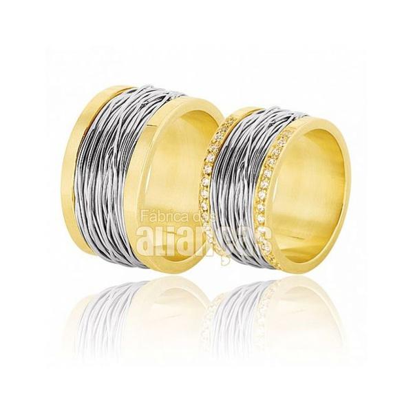 Alianças De Noivado e Casamento Em Ouro Amarelo 18k 0,750 Fa-383-ab - FA-383-AB - Fábrica das Alianças