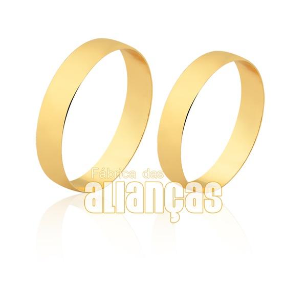 Alianças simples e delicada com ouro 18k
